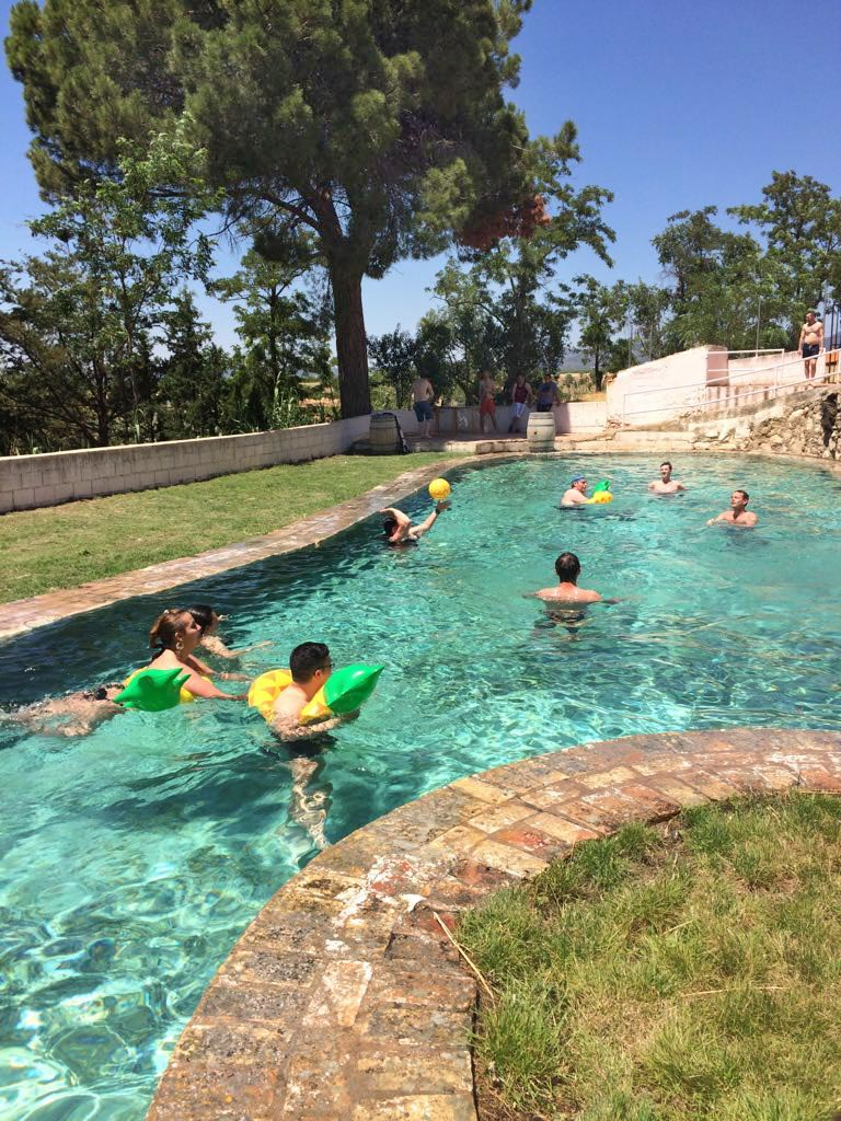 piscina3-bodega-vera-de-estenas