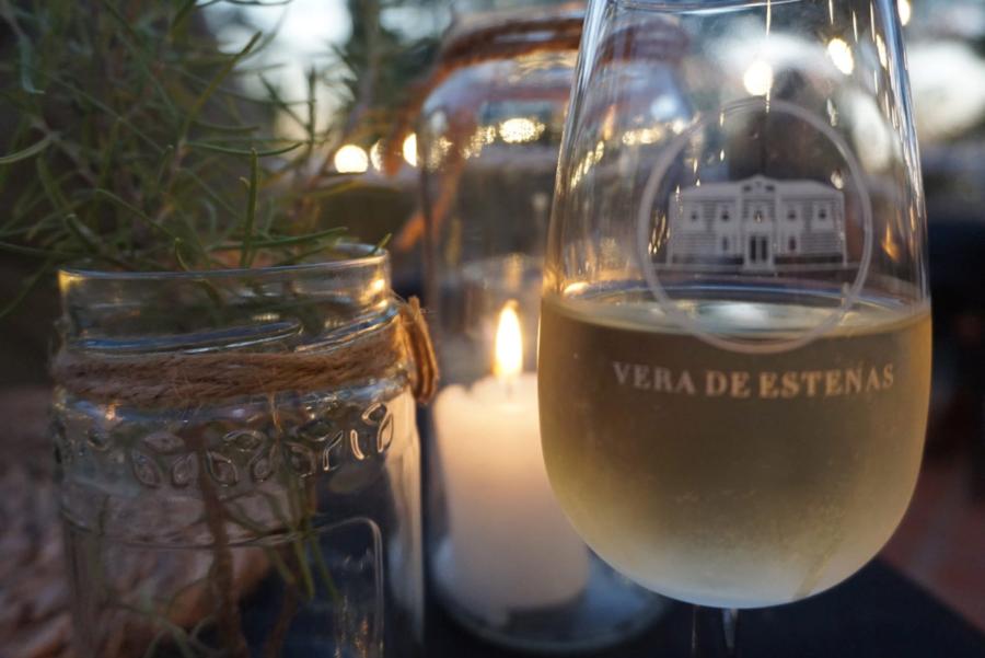 Wine tasting by candlelight at Vera de Estenas